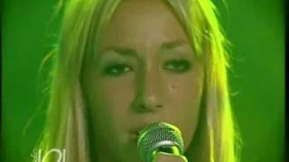 Skarlet feat. Petra - Rhythm is a dancer (Snap)