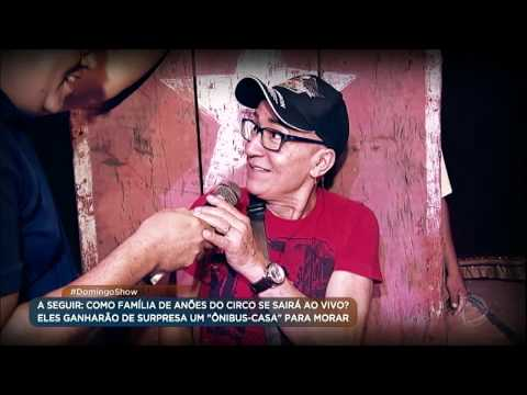 """Geraldo Luís é desafiado em """"número das facas"""" por anões circenses"""
