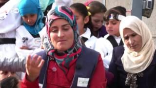 ناشطة تناهض زواج القاصرات في الزعتري: