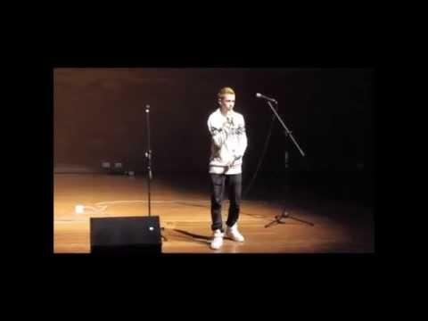 Ver Video de Santiago Cruz Santiago Mesa  - ¿Y Si Te Quedas Qué? (Cover) Santiago Cruz.