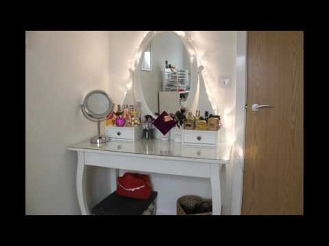 makeup-table-with-mirror-and-lights