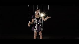 Смотреть клип Djane Housekat - Still Singing
