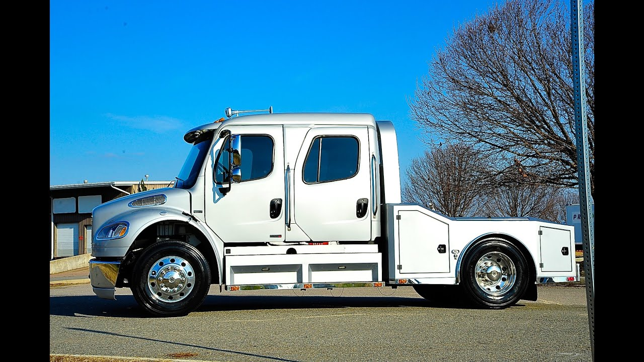 Davis Autosports   Nicest Freightliner M2 Sport Chassis