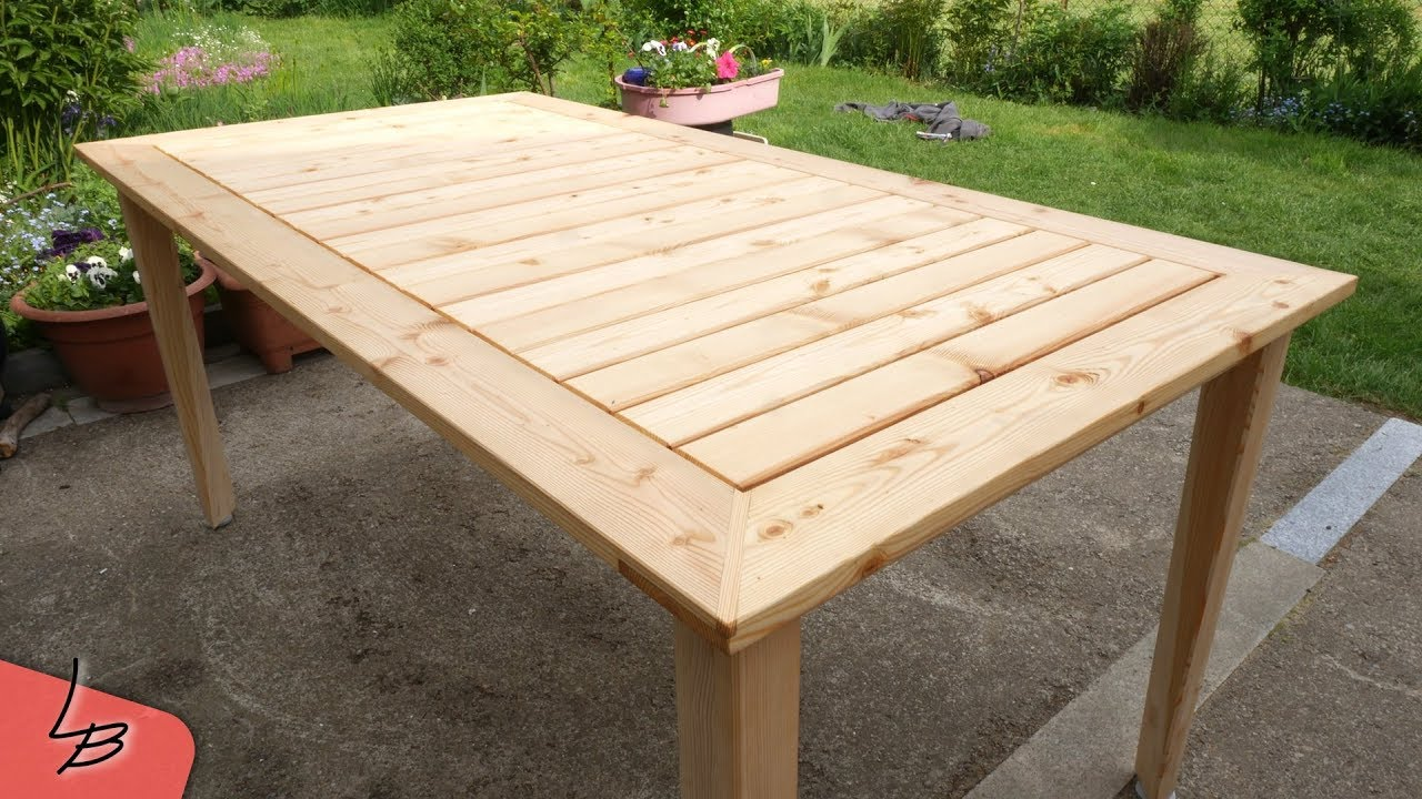 4 Gartentisch Aus Massivholz Larche Selber Bauen So Gehts