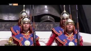 Moğol Askerler, Cengiz Han Heykeli Önünde Böyle Yürüyor - Trt Avaz