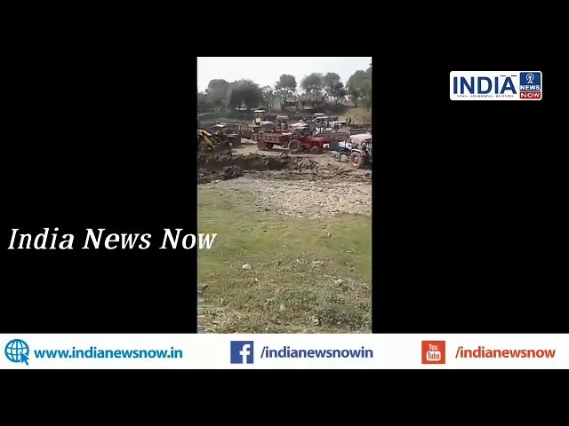 बाँका:बांका :सरकारी तालाब से पुलिस की मिलीभगत से अवैध मिट्टी खनन, स्कूली बच्चे को खतरे की दावत