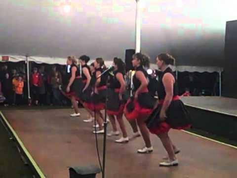 ADIDAC Cloggers - Tunbridge Fair: Bop