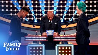 Buzzer battle! Who has the fastest finger... Ninja or JUJU? | Celebrity Family Feud