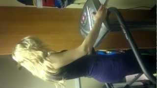 видео Виброплатформа для дома для похудения Status