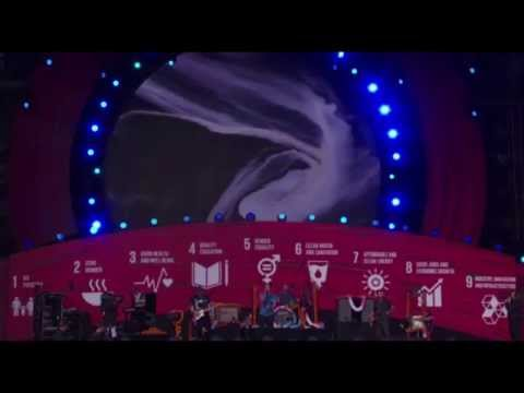 Coldplay - Amazing Day  [Live at Global Citizen Festival 26-09-2015]