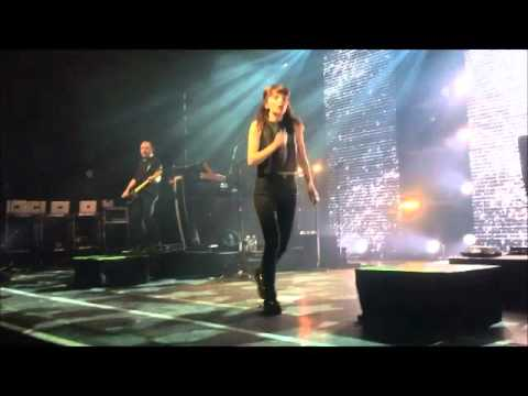CHVRCHES 3/14/16 Chicago @ Riviera Theatre - Shot from the front row!!