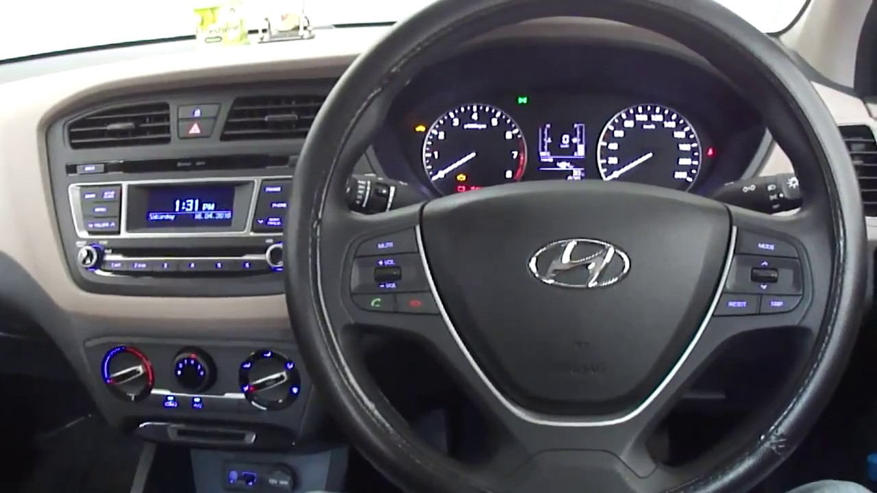 Hyundai elite i20 39 magna 39 2016 model interior with dual for I20 asta o interior
