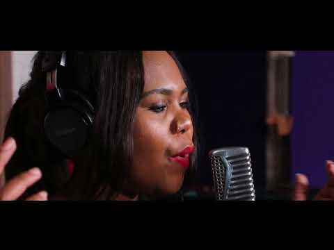 Liberty - Nia Pearl feat. Kabomo