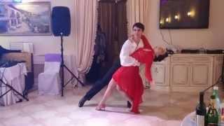 необычный, страстный и красивый свадебный танец (бачата+танго)(Постановка свадебного танца в Санкт-Петербурге. Если вы хотите поставить неординарный свадебный танец..., 2015-07-30T14:34:52.000Z)