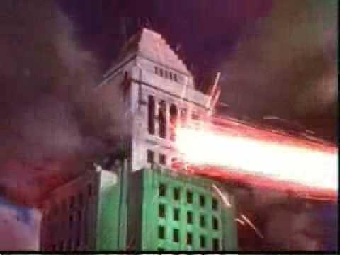 Aliens Destroy L.A.