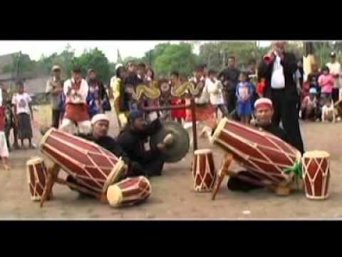 Jabar Gnawangun - Cuncun RIksadiri feat RIa Talenta ( Kompilasi Lagu Sunda 2014 )