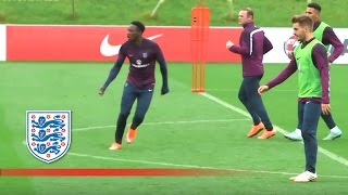 Welbeck, Rooney, Cahill, Sterling practise | Inside Training thumbnail