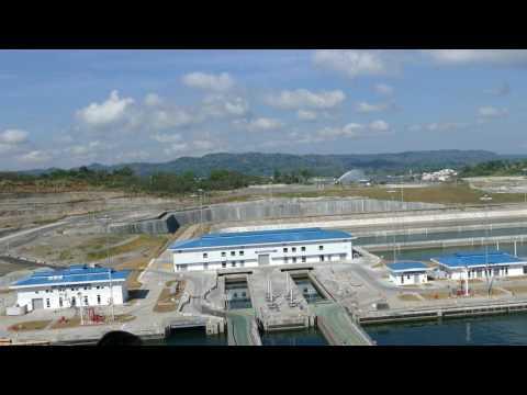 Visitor center at new Agua Clara Locks, Caribbean Sea, Colón, Panama, 2017-02-25