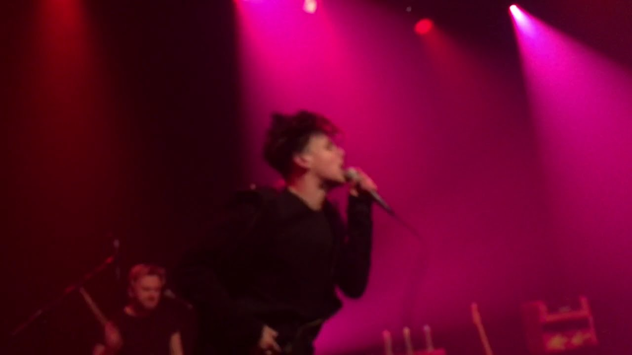 Yungblud 21st century liability live at the melkweg youtube - Yungblud wallpaper ...