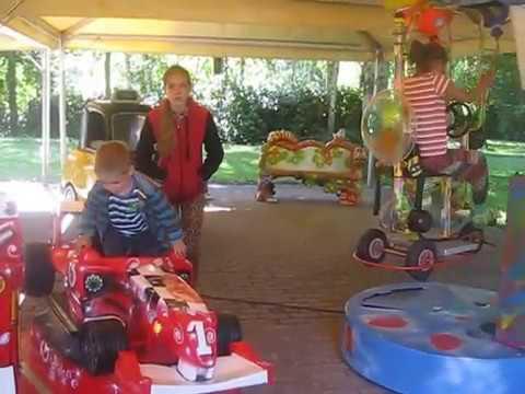 Германия. Serengeti park детские карусели - машинки// Germany. Attractions for  kids