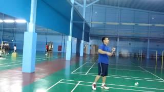 1020202站立組羽球高遠球練習 教練示範2