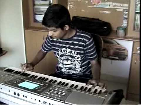 PRANAV S PLAYING RAJ KAPOOR SONGS FUSION IN KEYBOARD OLD HINDI SONGS