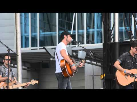 Chuck Wicks - Whole Damn Thing (Live CMA Fest 2014)