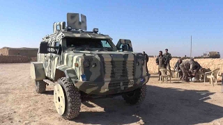 US gives anti-ISIL Syria force armored SUVs for the first time