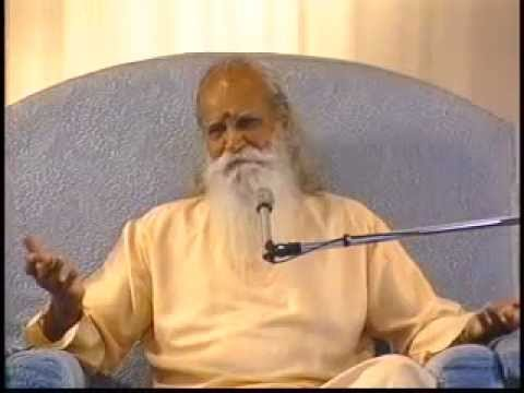 """The State of Non-attachment"" - A Talk by Swami Satchidananda (Integral Yoga)"