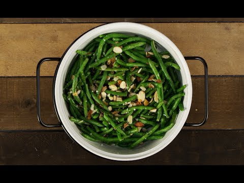Garlic Green Beans with Almonds