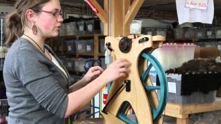 Schacht Sidekick Folding Spinning Wheel Demonstration