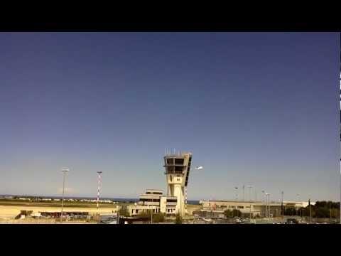 Decollo aeroporto Bari  volo  Air one