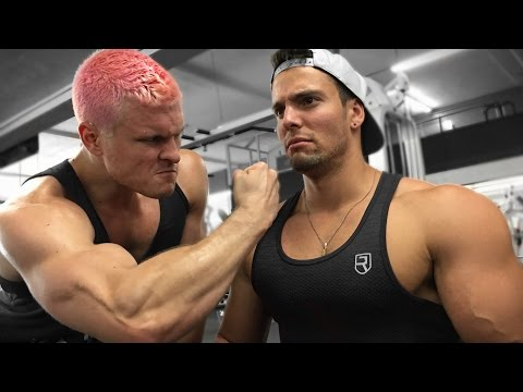 Two Vegan Bodybuilders One Day Of Eating | Bulking Edition