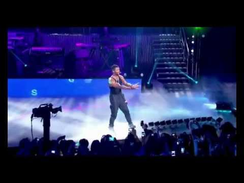 There Goes My Baby - Usher (Amex Unstaged Show)