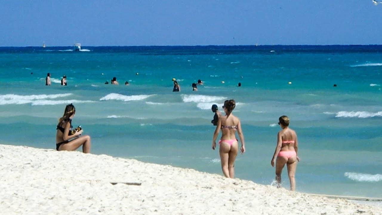 Naked girls in playa del carmen, bloody jar ass video