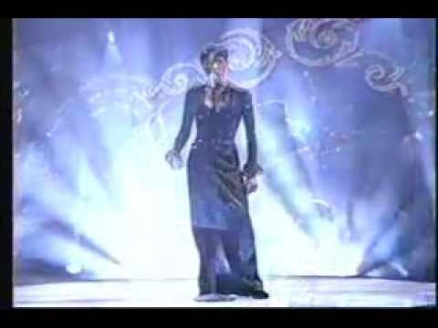 Toni Braxton Unbreak My Heart Live 1996