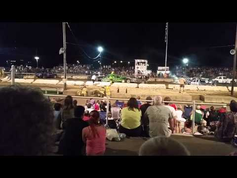 Athens County Fair 2014 large car demo derby Final