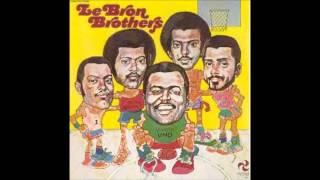 Los Hermanos Lebron-En el balcon Aquel.