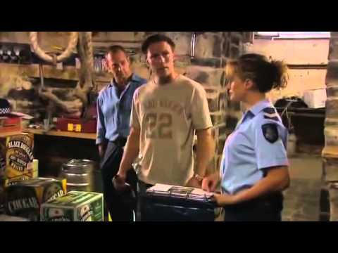 Blue Heelers   S11E09   Off Your Face