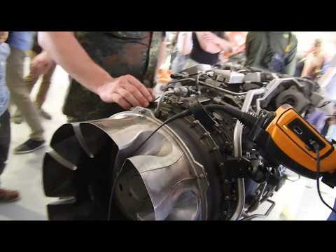 ILA2018 - Aircraft Mechanics Endoscope Demonstration On Turbine ...