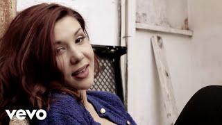 Breanna Kennedy - She's Falling