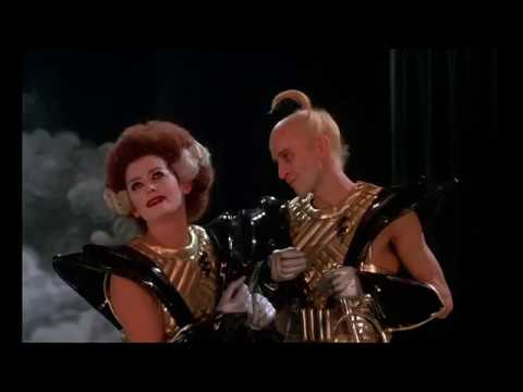 Hilarious bit from Richard O'Brien & Patricia Quinn commentary