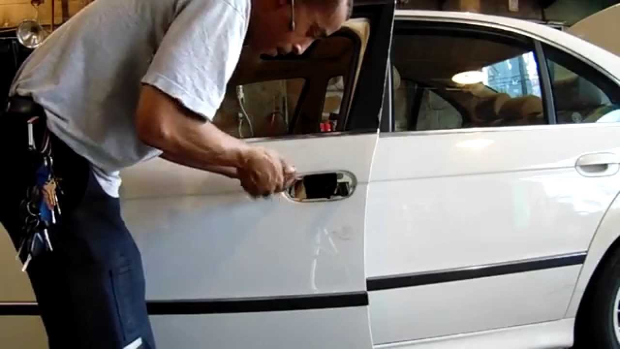 How To Remove Door Lock Cylinder On Bmw E39 5 Series Youtube