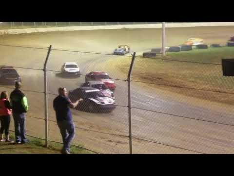 Florence speedway 8-24-19..Hornet feature race
