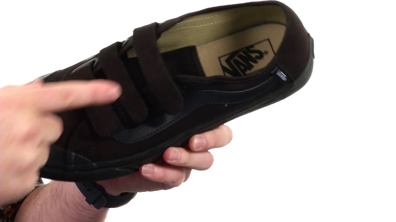 15a379153906 Vans Black Ball Priz SKU 8713801 - YouTube