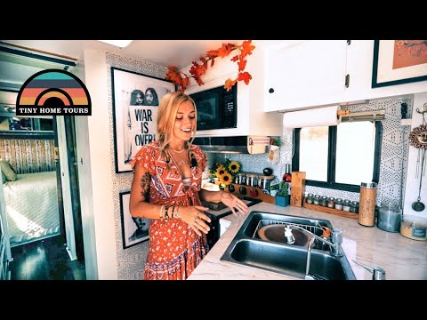 They Renovated A 1987 RV Into A Gorgeous Retro Tiny Home On Wheels - $9k Total Investment
