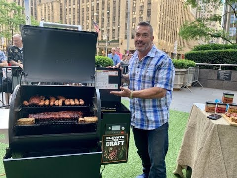 Skip Bedell Shows The Traeger Ironwood 650 On FOX & Friends