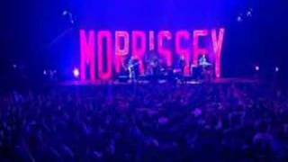 Morrissey Everyday is Like Sunday (live)