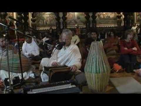 NY Eve Bhajan - Mukunda Datta das - Hare Krishna - 7/16