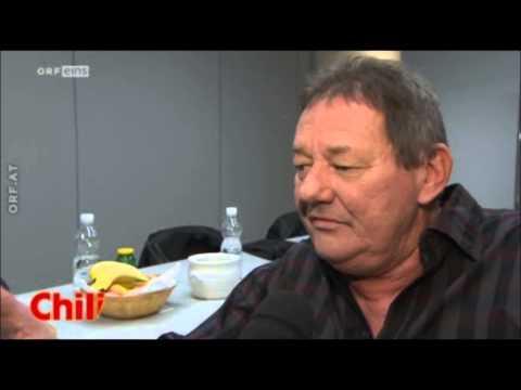 WOLFGANG AMBROS BEI DER KRONE SPORT GALA 2012 - FRISCH GESCHIEDEN